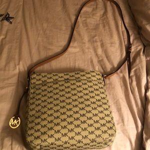 Michael Kors Bags - MICHAEL KORS signature pattern jet set crossbody